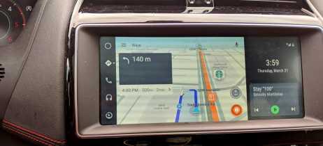 Atualização do Android Auto adiciona suporte a widescreen para unidades principais