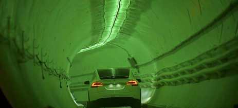 Vídeo da Boring Company mostra Model 3 andando a 204km/h em túnel sob Los Angeles