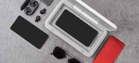 Samsung lança carregador sem fio que esteriliza smartphones