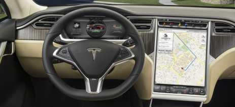 Tesla Motors lança aguardada atualização de software com várias melhorias