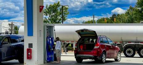 Novo aumento: Petrobras anuncia que combustíveis vão subir até R$ 0,28 por litro amanhã