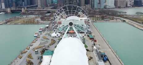 Vídeos feitos com drones mostram Chicago e Zurique em quarentena