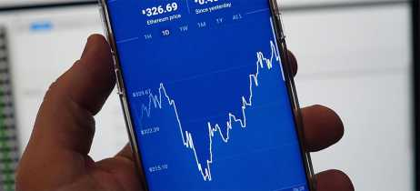 Coinbase promete reembolso após cobranças indevidas em transações