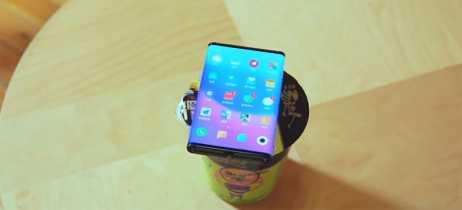 Smartphone dobrável da Xiaomi aparece em novo vídeo