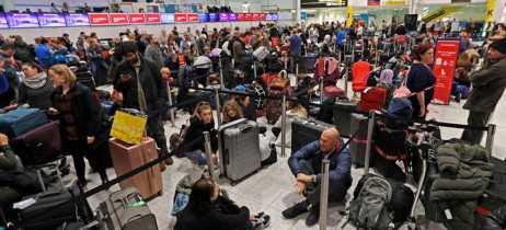 Drones interrompem atividades do segundo aeroporto mais movimentado de Londres