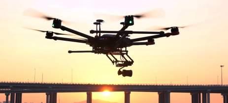 Drone de R$ 80 mil foi pego sendo utilizado para levar telefones para presos