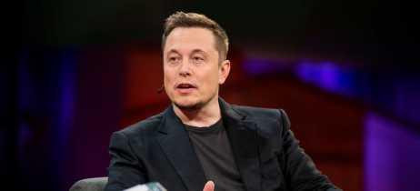 Elon Musk deleta página da SpaceX, Tesla e seu próprio perfil do Facebook