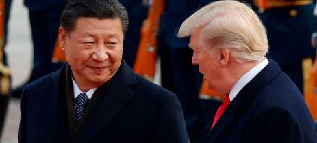 Trump anuncia aumento de 25% para 30% nas tarifas de produtos da China