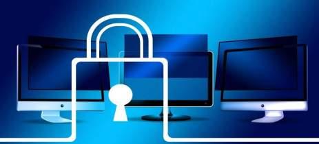 Criminosos roubam senhas do Facebook, mas esquecem de bloquear dados roubados