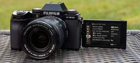 Fujifilm anuncia câmera X-S10 com mudanças que vão ajudar a filmar a si mesmo