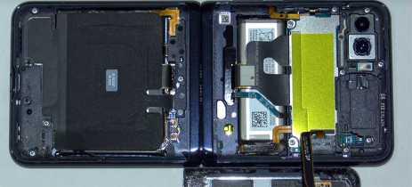 Assista ao Galaxy Z Flip sendo completamente desmontado!