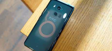 Imagem da traseira da caixa do HTC U12+ vaza com especificações do aparelho