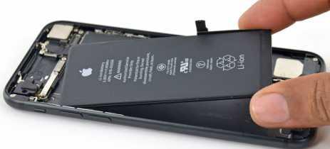 União Europeia busca tornar baterias de smartphone mais fáceis de serem trocadas