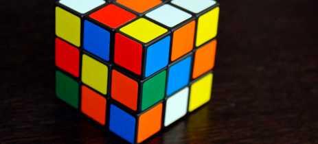 Inteligência Artificial resolve cubo mágico em apenas um segundo