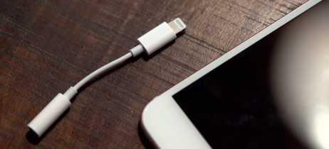 Apple não vai mais fornecer adaptador Lightning - P2 com os iPhones vendidos