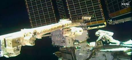 NASA fez transmissão da missão espacial de reparos na ISS