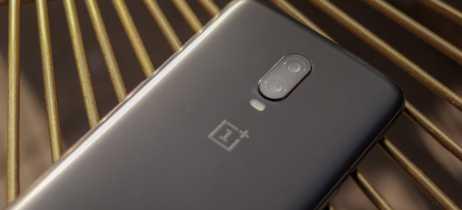 OnePlus 7 não deve ter carregamento sem fio e nem tela em proporção 21:9 [Rumor]