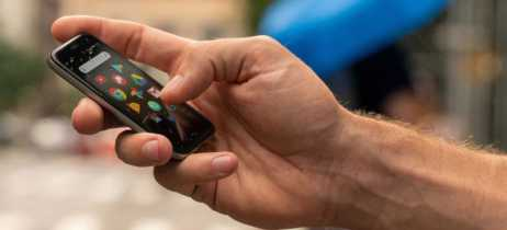 Conheça o Palm Phone, o novo mini-smartphone da Palm