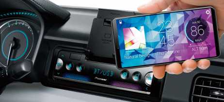 Pioneer lança SPH-10BT que permite transformar o smartphone em painel touchscreen automotivo