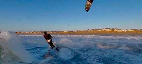 Kiteboarder quase perde drone Skydio 2 em curva acentuada