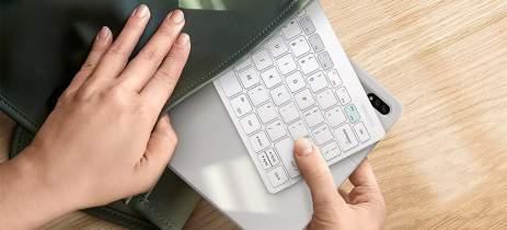 """Samsung lança """"discretamente"""" um teclado sem fio para usar com o DeX"""