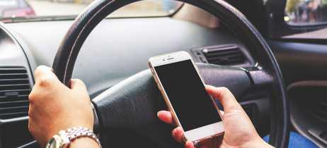 Motorista em acidente com Tesla Model S admite que estava utilizando celular