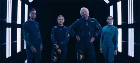 Virgin Galactic apresenta seu traje para turistas do espaço sideral