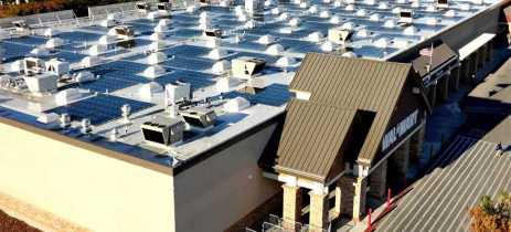 Walmart processa Tesla após telhados solares pegarem fogo em várias unidades