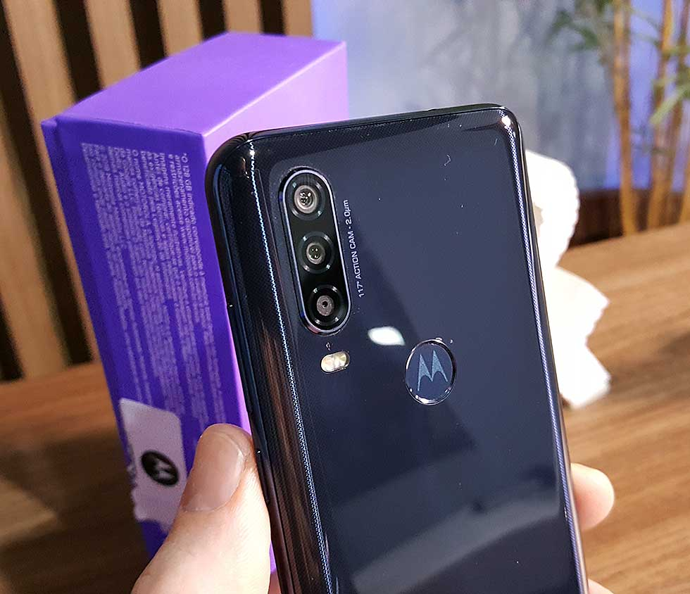 """Motorola One Action - Does anyone out there want a """"GoPro"""" on their smartphone?"""