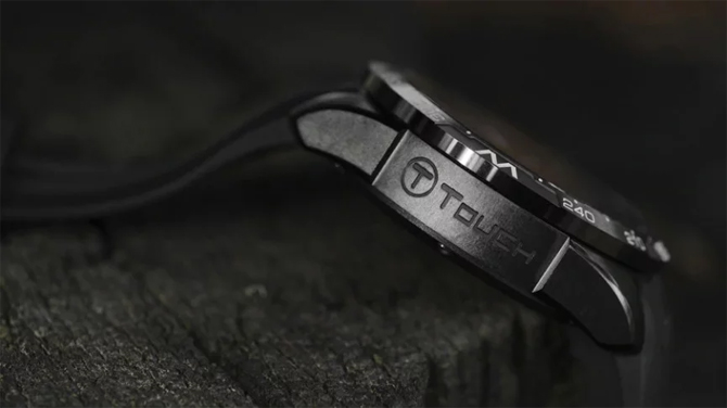 Tissot T-Touch Connect Solar is a new smartwatch with hybrid charging battery