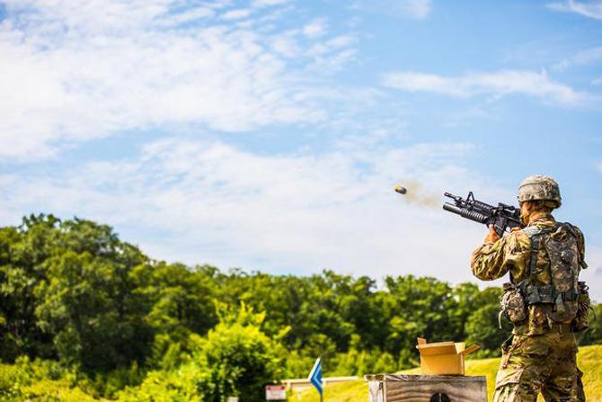 Exército dos EUA desenvolve drones de reconhecimento que são disparados por lançadores de granadas