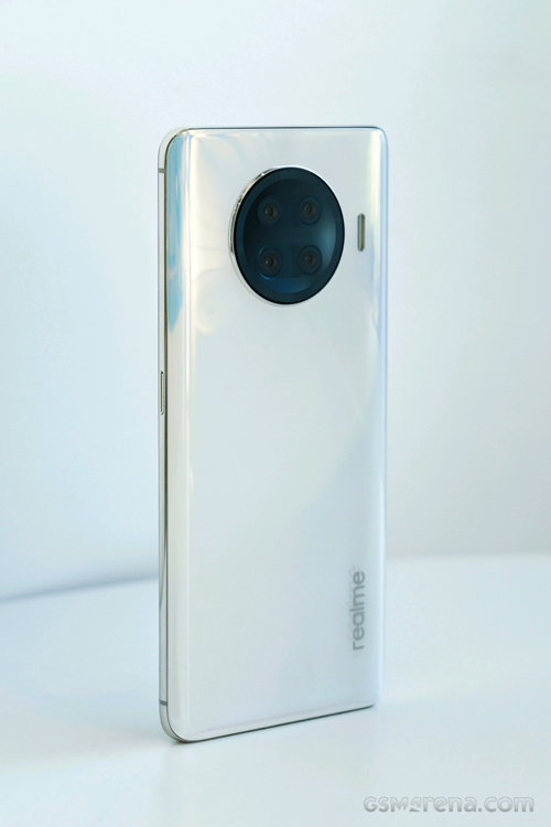 Novo smartphone Realme Race deve vir com o chip Qualcomm Snapdragon 888