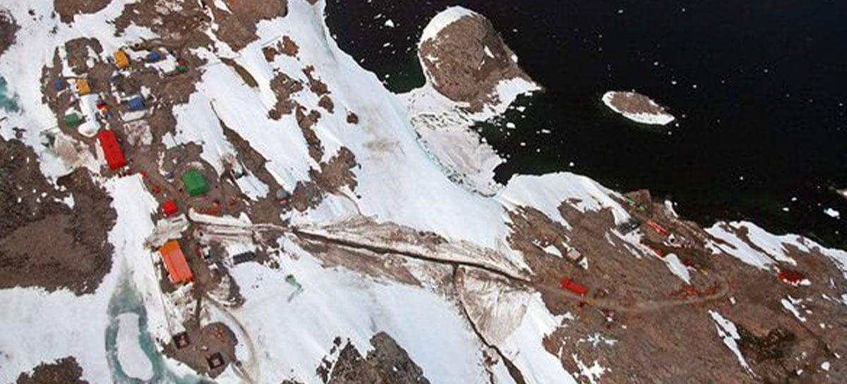 NASA ajuda cientistas a perfurar gelo da Antártica e descobrem sinais de vida