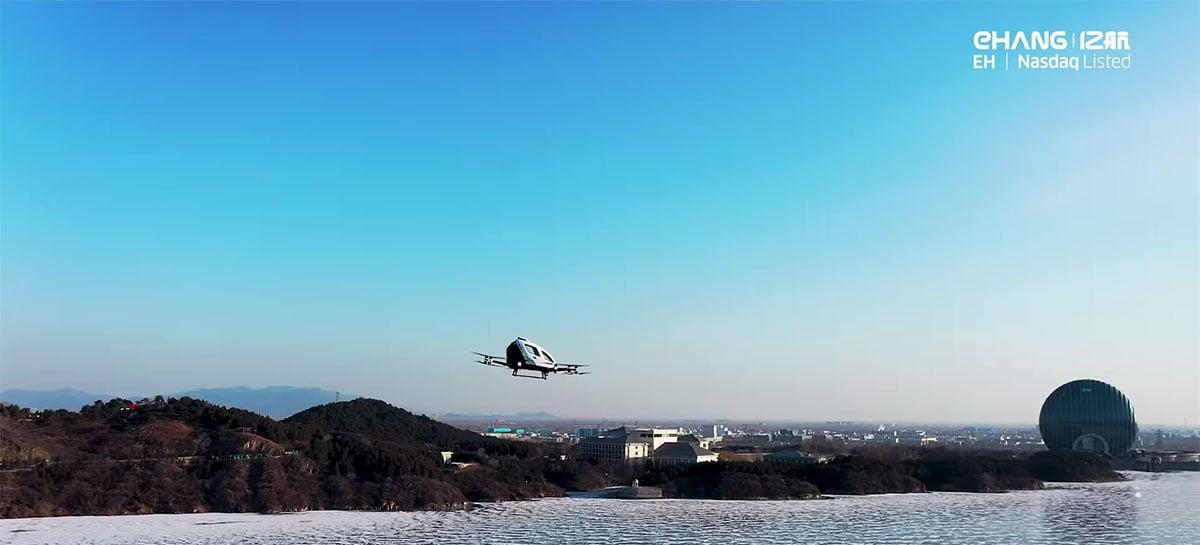 Drone de transporte pessoal da EHang completa voo em Beijing