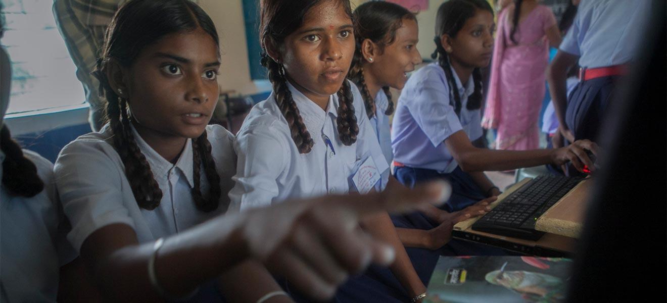 UNICEF diz que 1 em cada 3 usuários na internet é uma criança