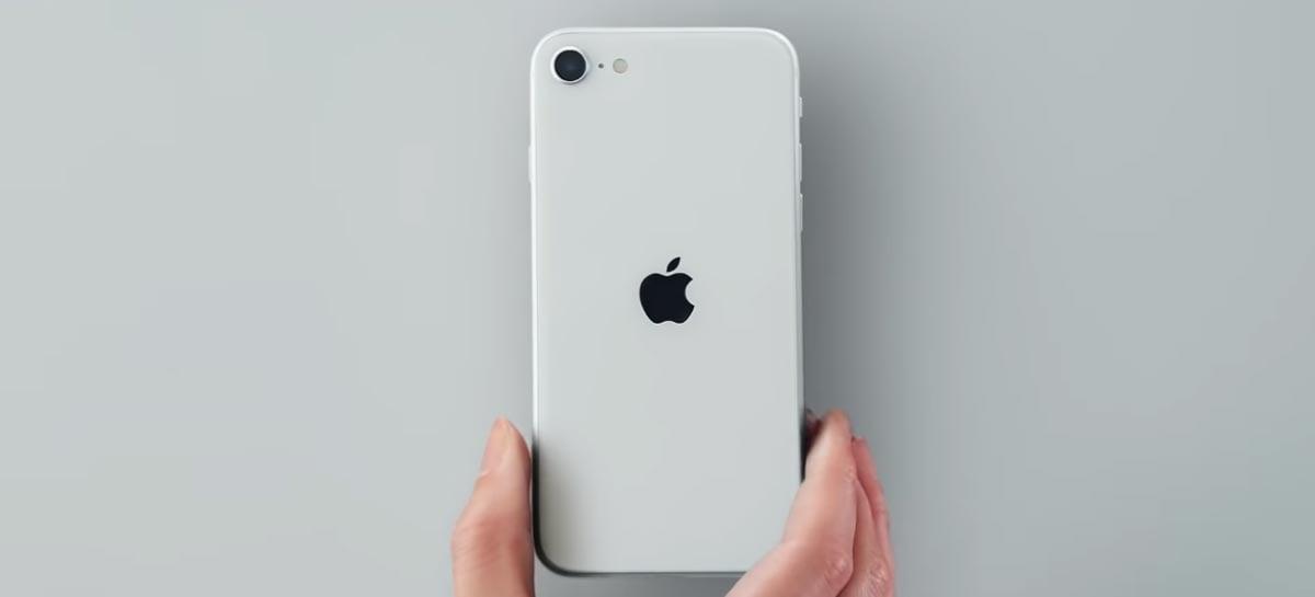 iPhone SE tem bateria de 1821mAh e 3GB de memória RAM, indica rumor