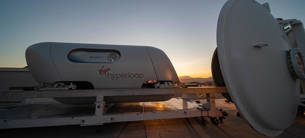 Virgin Hyperloop faz primeira viagem de testes com passageiros no seu trem ultraveloz