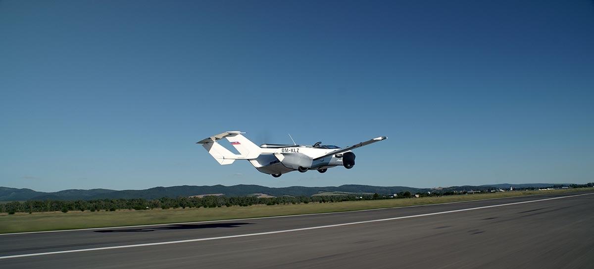 Carro voador é real: AirCar é o primeiro carro a completar um voo interurbano da história
