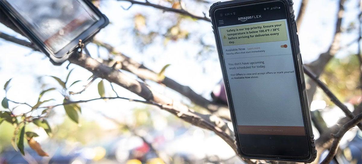 Amazon acaba com esquema de motoristas que penduravam celulares em árvores