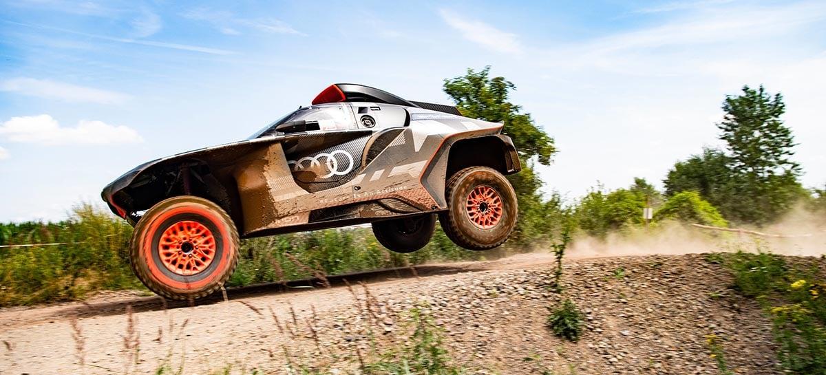 Audi RS Q e-tron vai ser o primeiro carro elétrico a competir no Rally Dakar