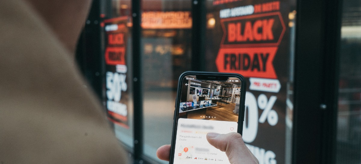 Black Friday: 92% dos consumidores pesquisam preços antes de comprar
