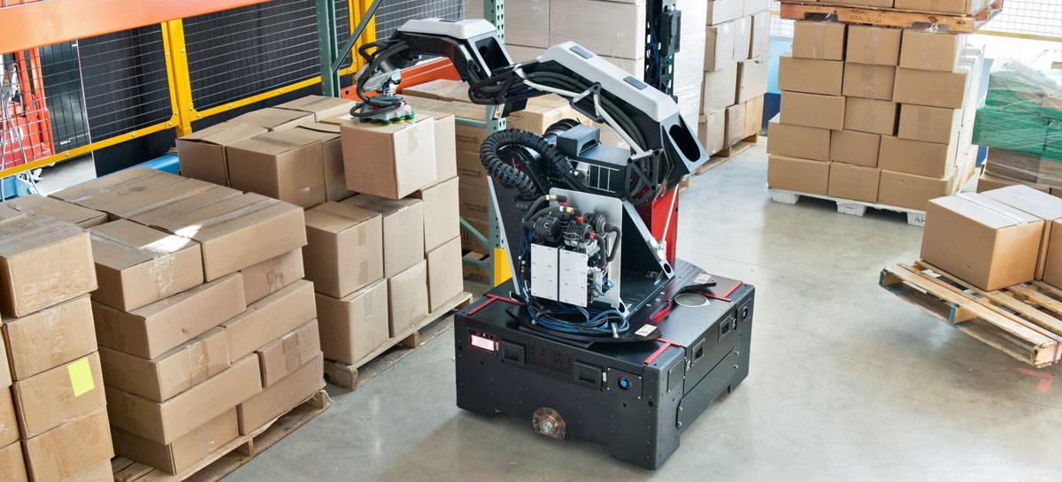 Boston Dynamics apresenta seu novo robô Stretch, um braço mecânico com rodinhas