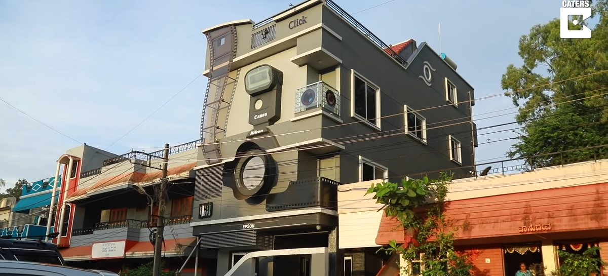 Fotógrafo indiano constrói casa em formato de câmera; veja vídeo