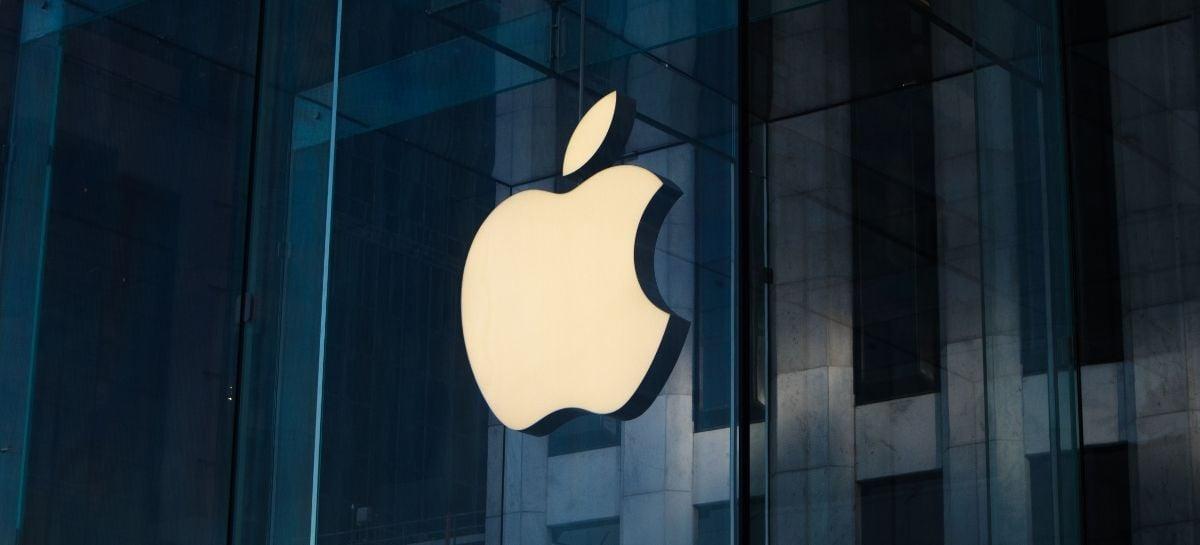 Apple só terá sensor sob o display em 2023 e iPhone dobrável em 2024