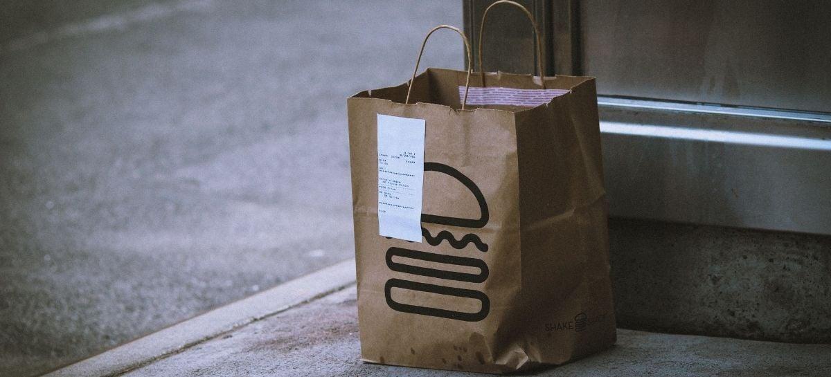 Procon-SP estuda proibir pagamentos de delivery no ato da entrega