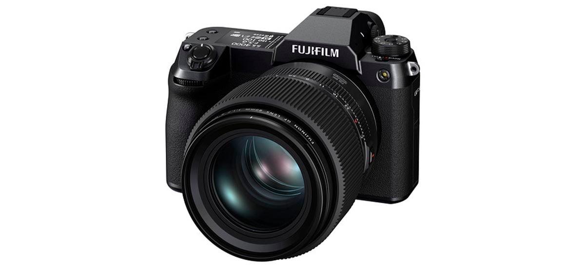 Câmera mirrorless Fujifilm GFX100S é lançada com suporte a 4K 30fps e 102MP
