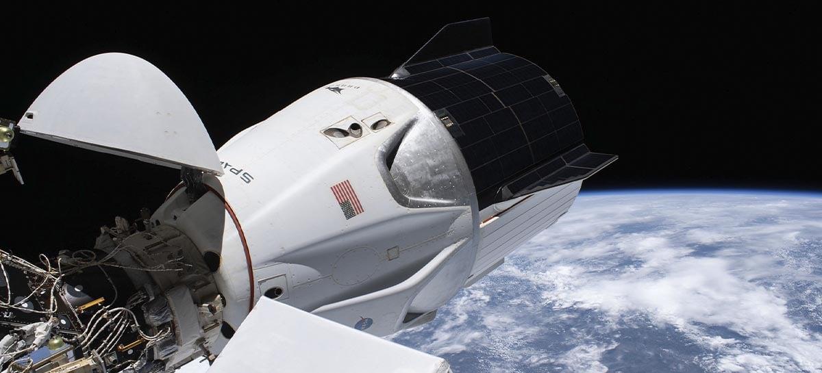 Missão Crew-12 da SpaceX chega à Estação Espacial Internacional (ISS)