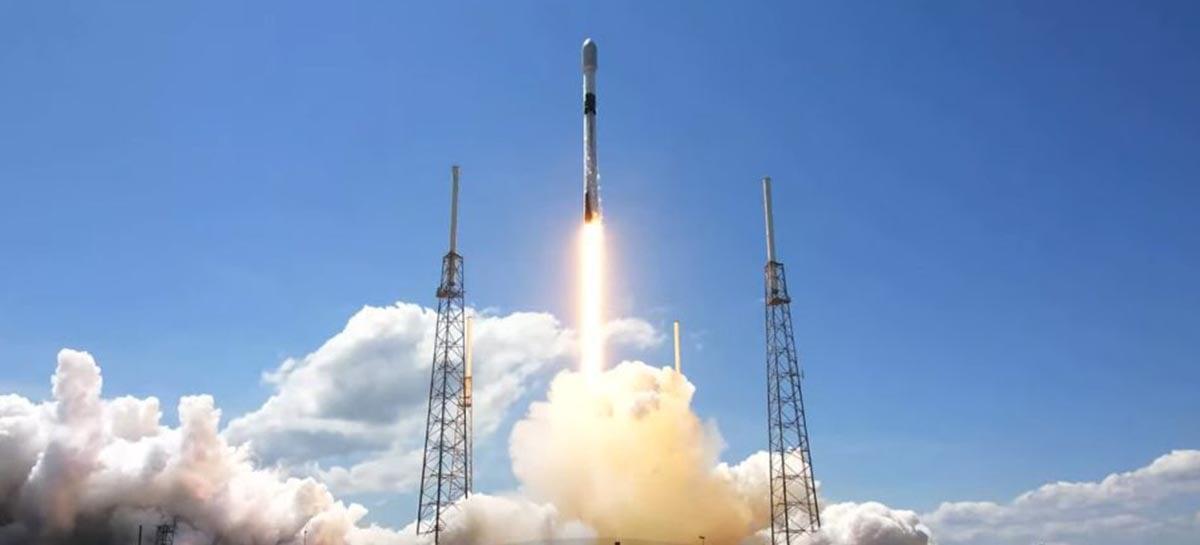 SpaceX lança mais 60 satélites Starlink; total chega perto de 1400