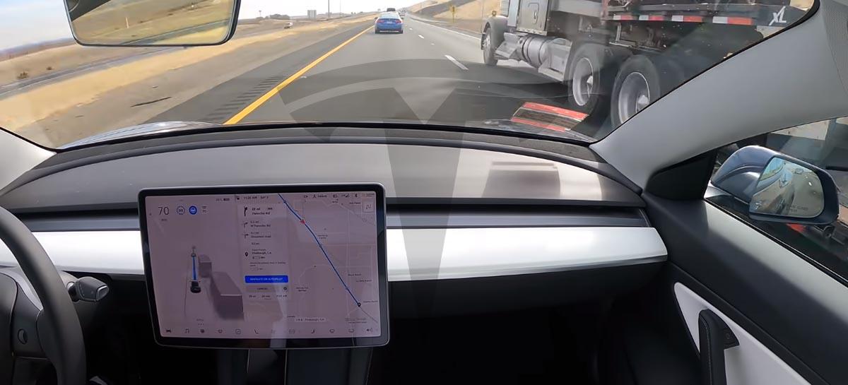 Veja um Tesla indo de São Francisco a Los Angeles praticamente sozinho