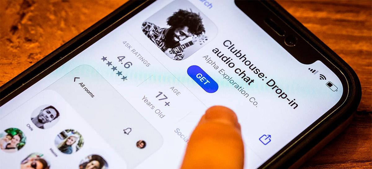 Clubhouse confirma falha de segurança que levou a vazamento de áudios privados
